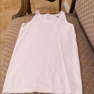 ATHLETA WOMEN'S white tank top
